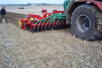 014.350x233-crop.JPG