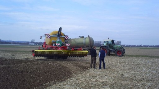 032.512x288-crop.JPG